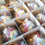 お菓子にリングつけちゃいました~ (UFOキャッチャー向けリング付きお菓子詰め合わせ)の画像